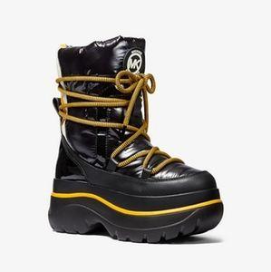 NEW Michael Kors Zadie Moon boots